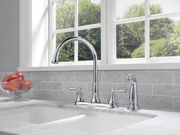 Delta Faucet 2497LF Cassidy, Two Handle Kitchen Faucet with Spray, Chrome